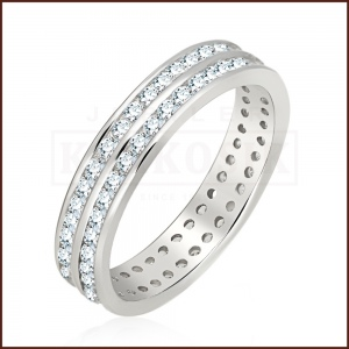 Srebrny pierścionek z cyrkoniami pr.925