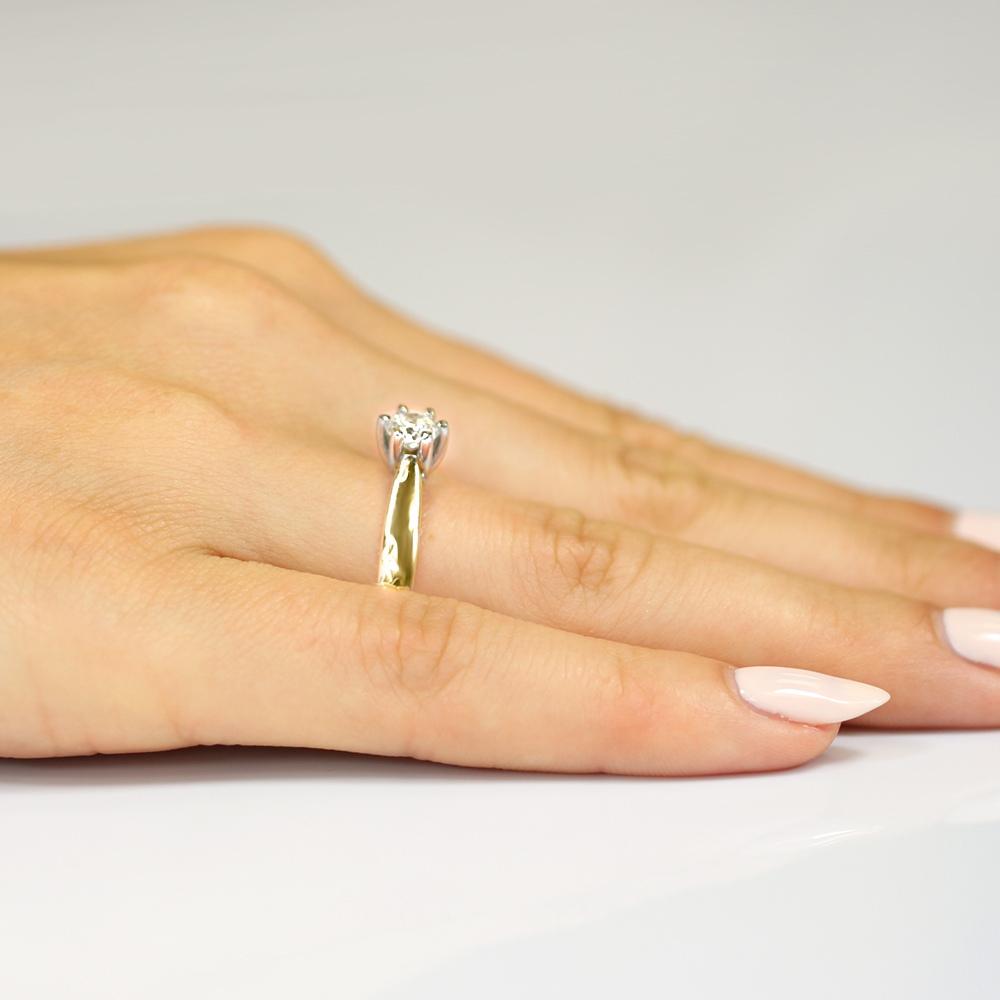Pierścionek zaręczynowy 585 złoto z brylantem 0,25ct