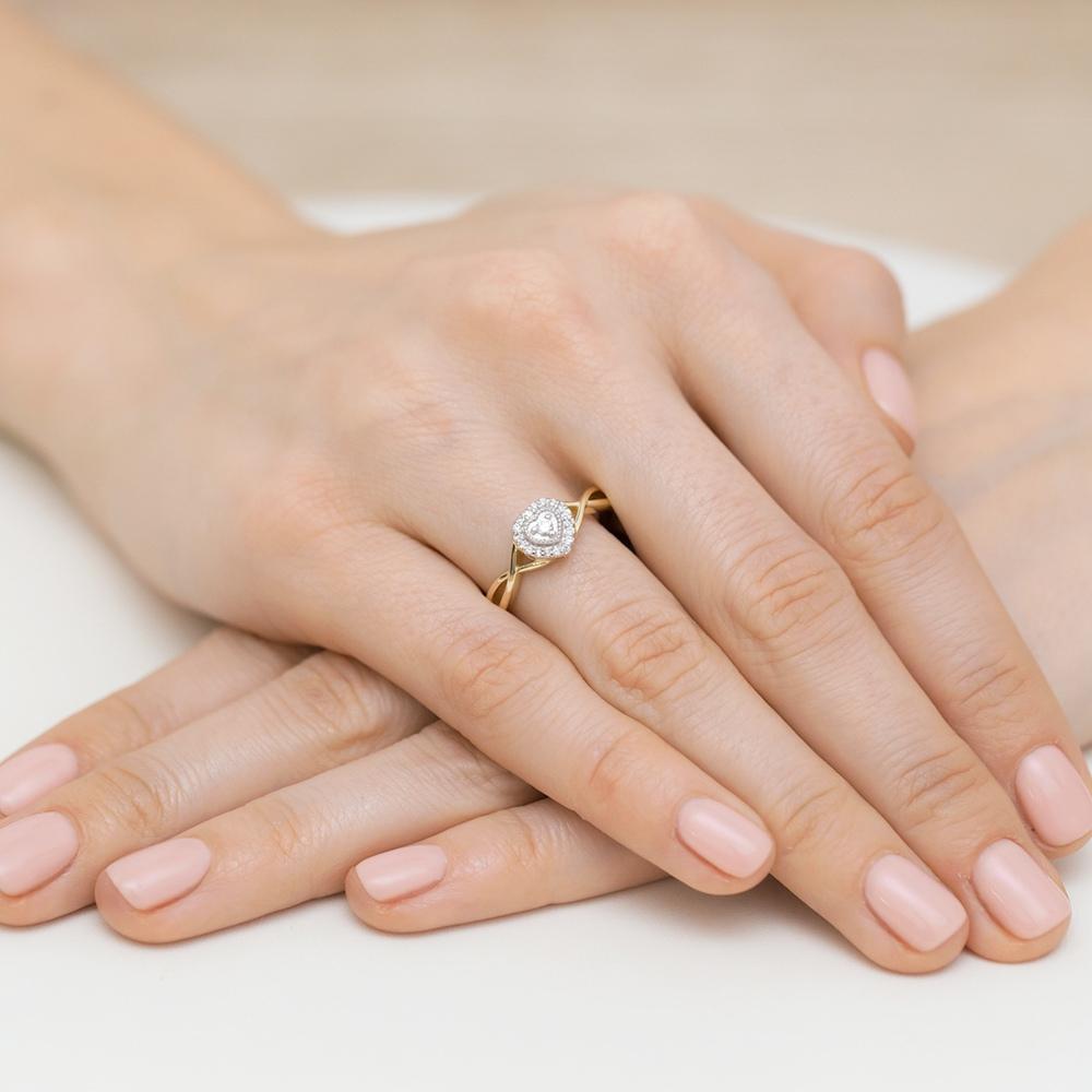 Pierścionek zaręczynowy z brylantami 0,13ct pr.585